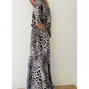 Robe Leopard black and White